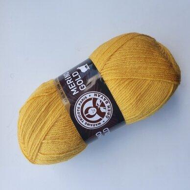 Madam Tricote Merino Gold 39
