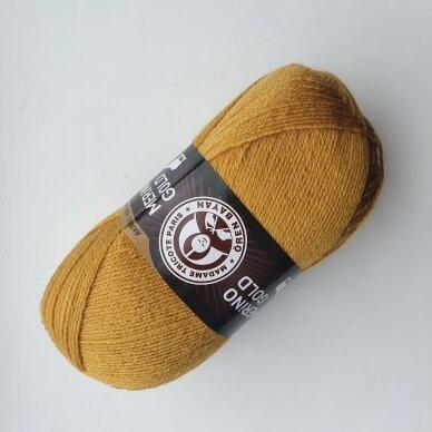 Madam Tricote Merino Gold 37